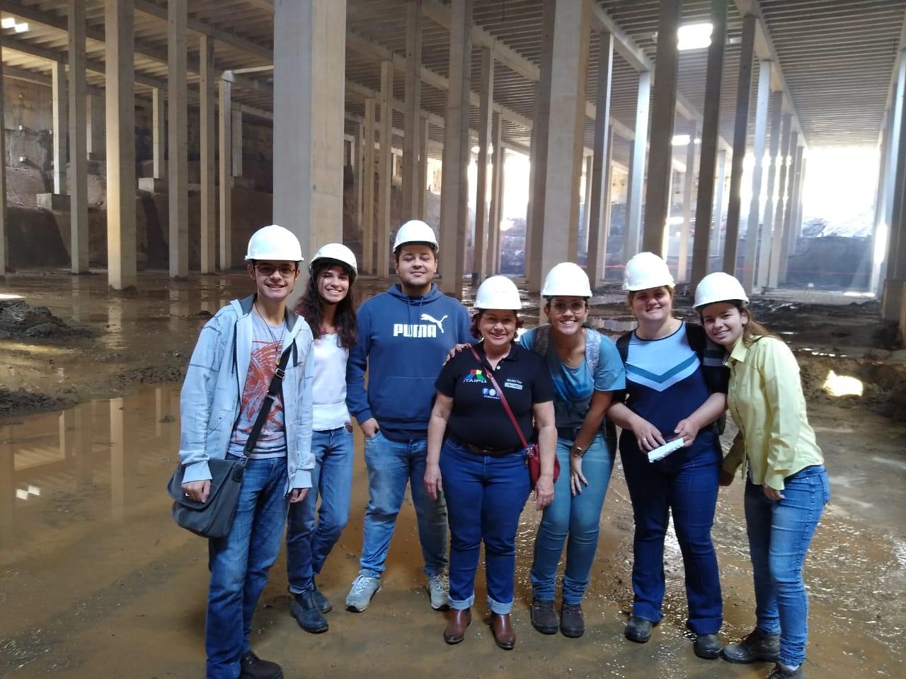 Alunos do curso de Engenharia Civil da Fundação Santo André participam de visita técnica às obras do Piscinão de São Bernardo